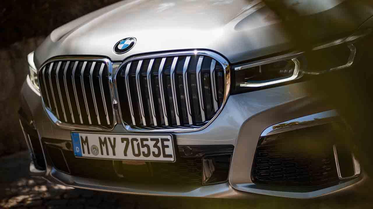 BMW'den Apple açıklaması